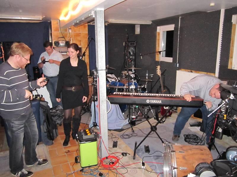 Steffi im Tonstudio